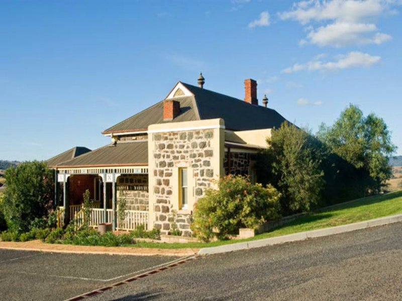 Hermitage Hill Resort - Geraldton Accommodation