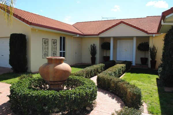 Casa Pizzini Bed and Breakfast - Geraldton Accommodation