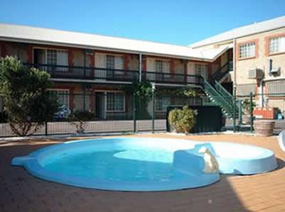 Goolwa Central Motel And Murphys Inn - Geraldton Accommodation