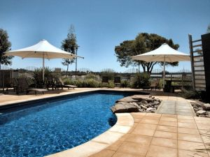 Majestic Oasis Apartments - Geraldton Accommodation