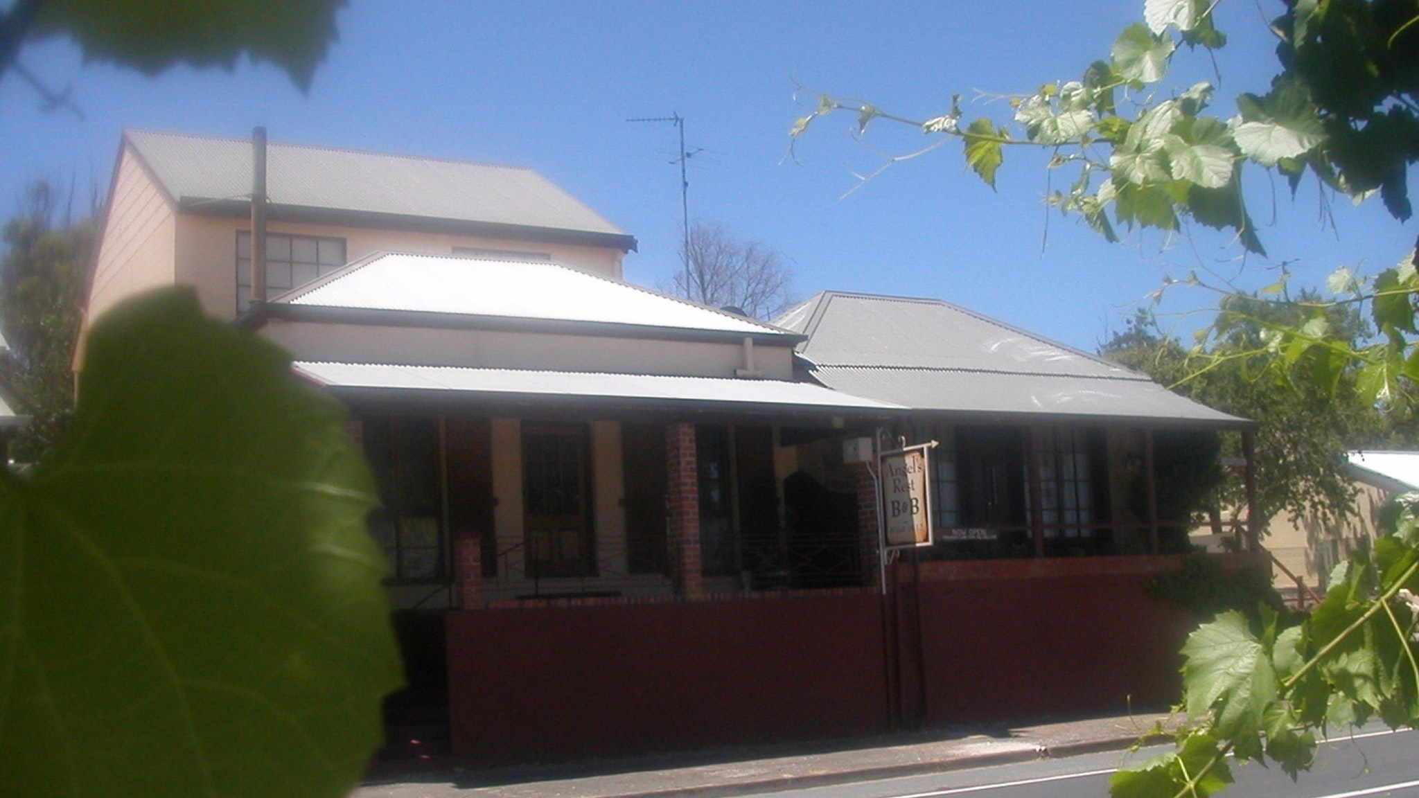 Angel's Rest Bed and Breakfast - Geraldton Accommodation