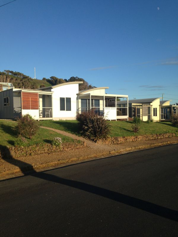 Azzure Beach Houses - Geraldton Accommodation