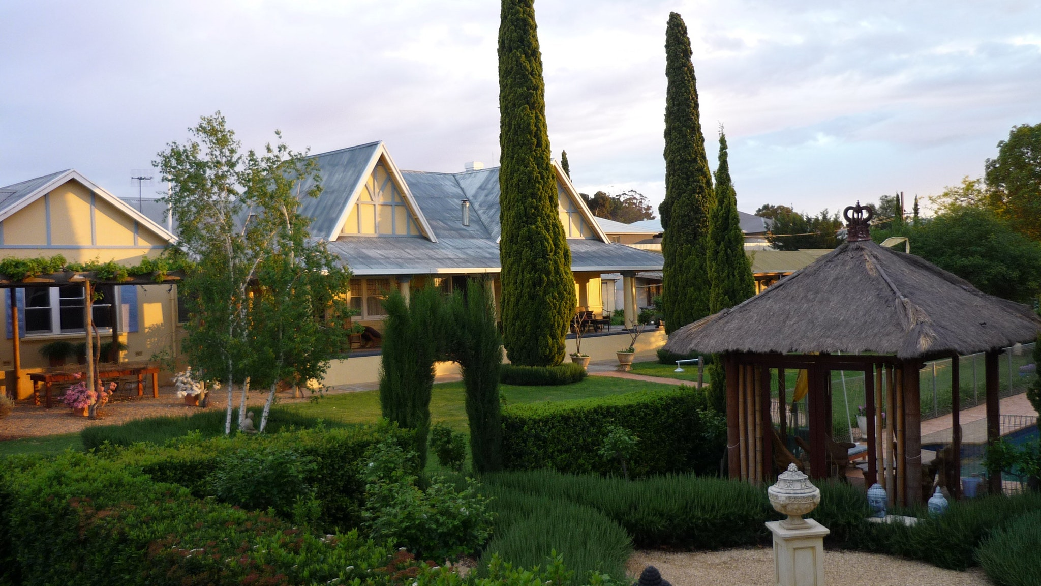 Berri Bed and Breakfast - Geraldton Accommodation
