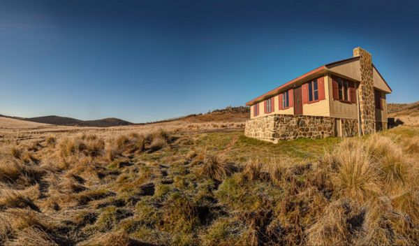 Wolgal Hut - Geraldton Accommodation