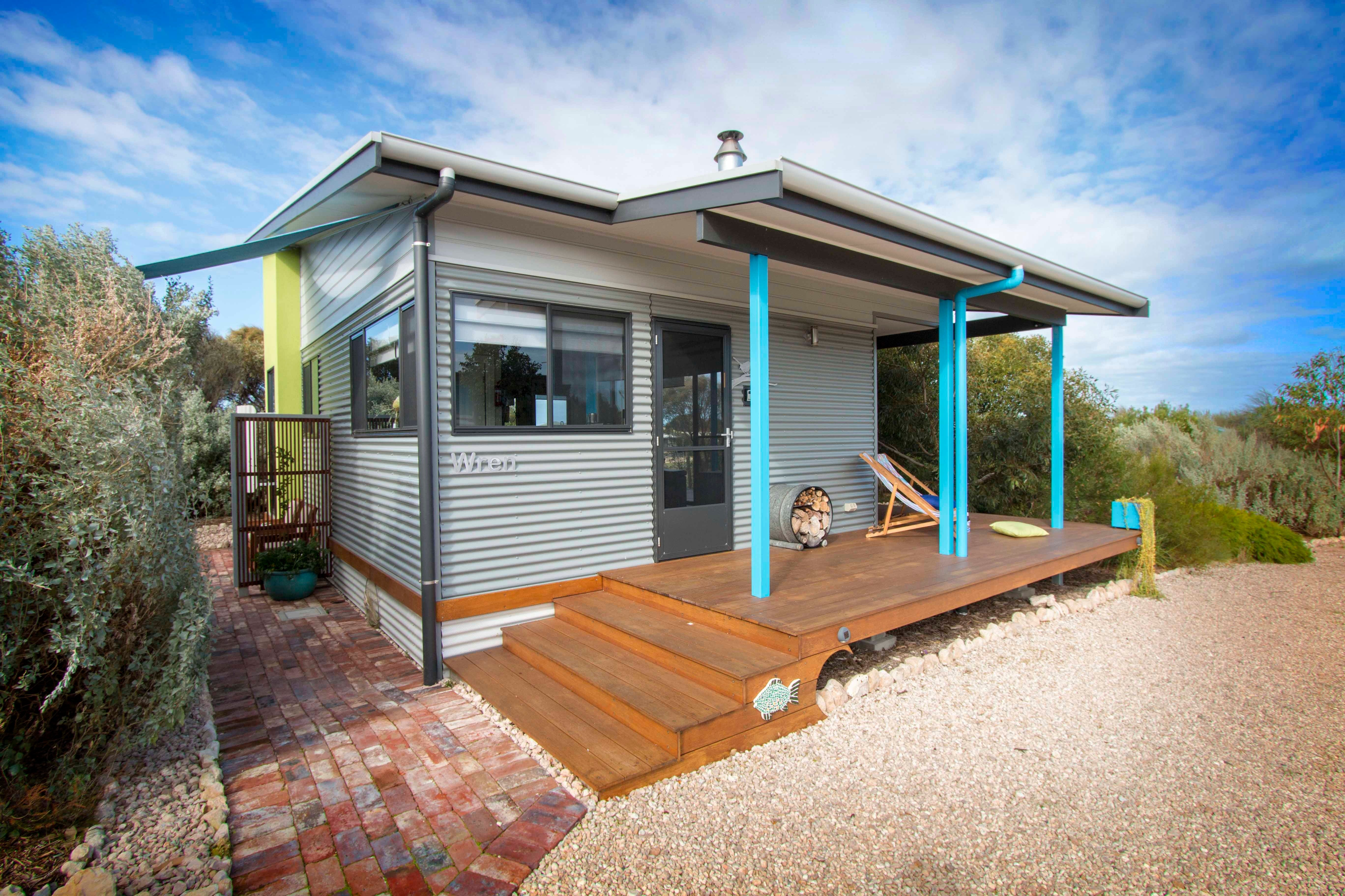 Coorong Cabins - Wren Cabin - Geraldton Accommodation