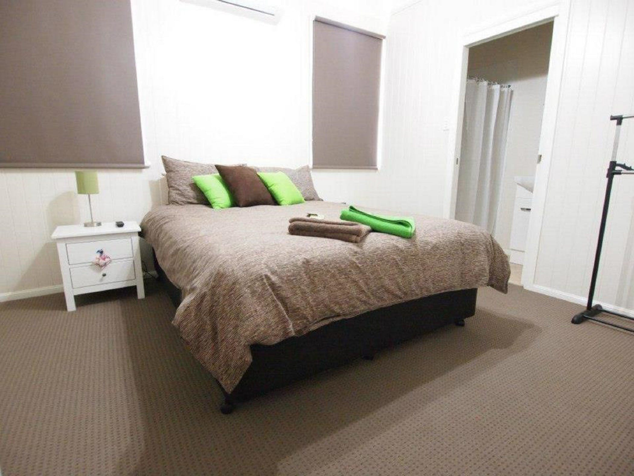 Hayden House - Geraldton Accommodation