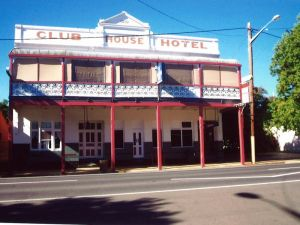 Club House Hotel - Geraldton Accommodation