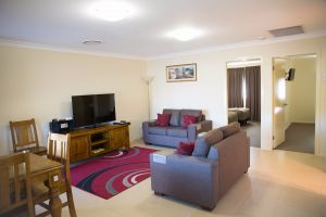 Scone Motor Inn and Apartments - Geraldton Accommodation