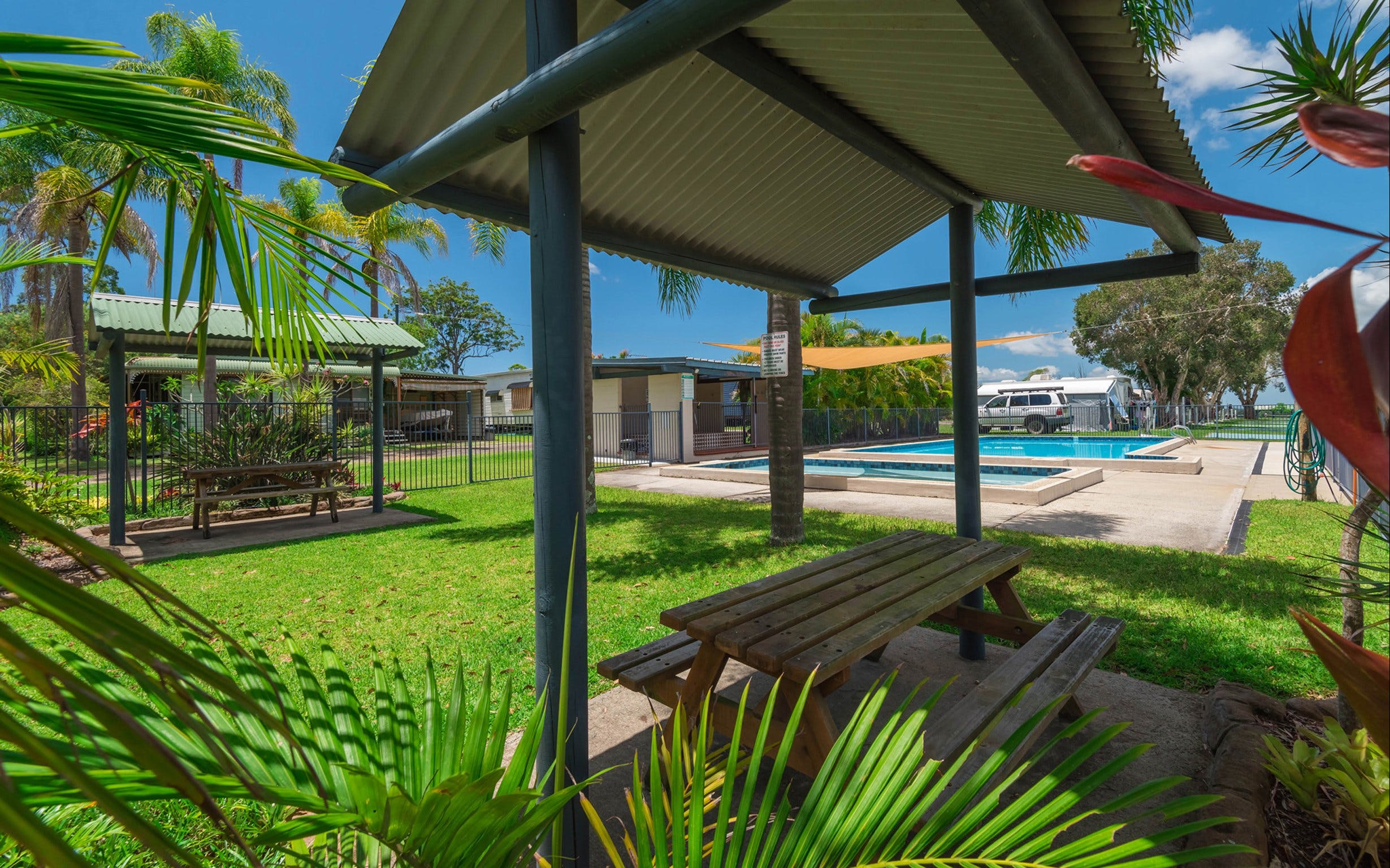 Bimbimbi Riverside Caravan Park - Geraldton Accommodation
