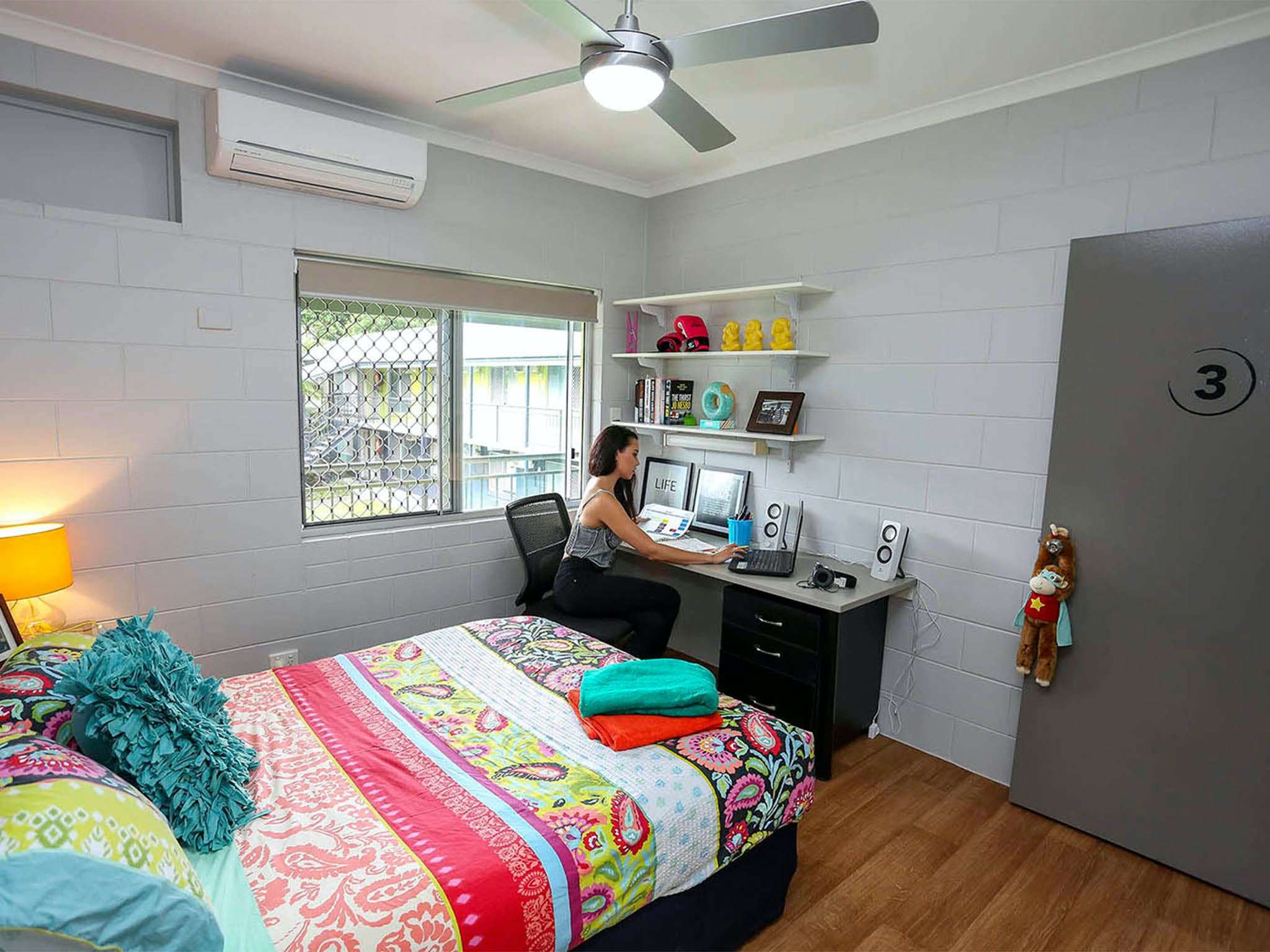 Cairns Student Lodge - Geraldton Accommodation