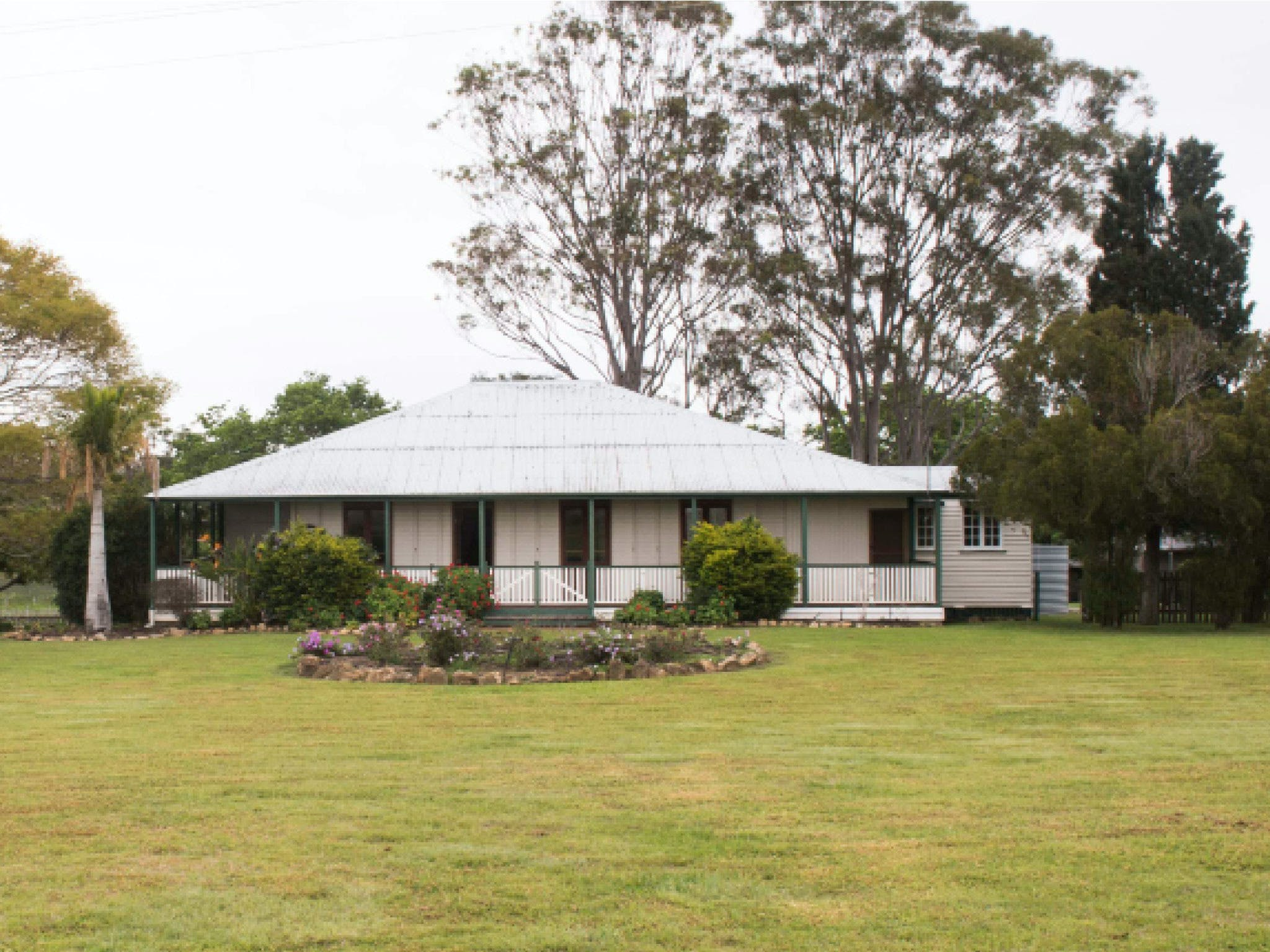 Vineyard Cottage - Geraldton Accommodation