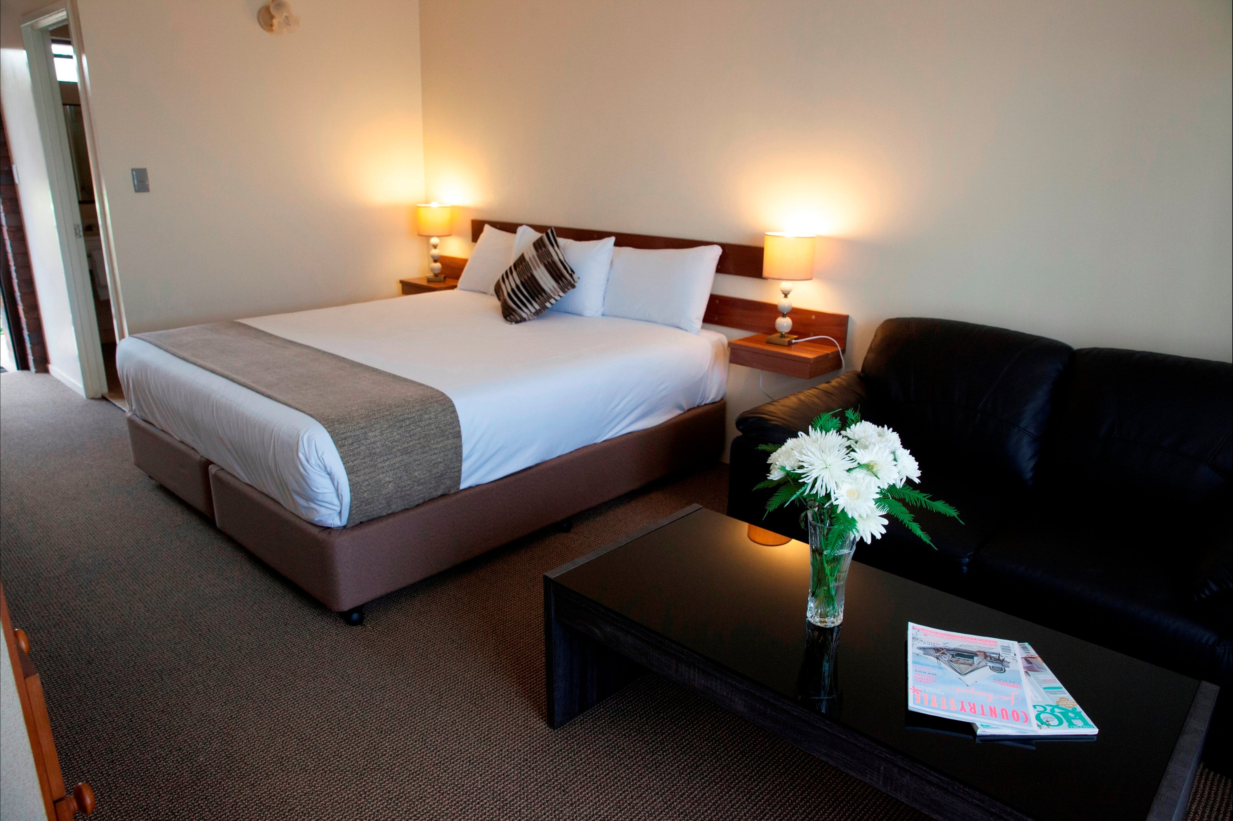 Longreach Motor Inn - Geraldton Accommodation