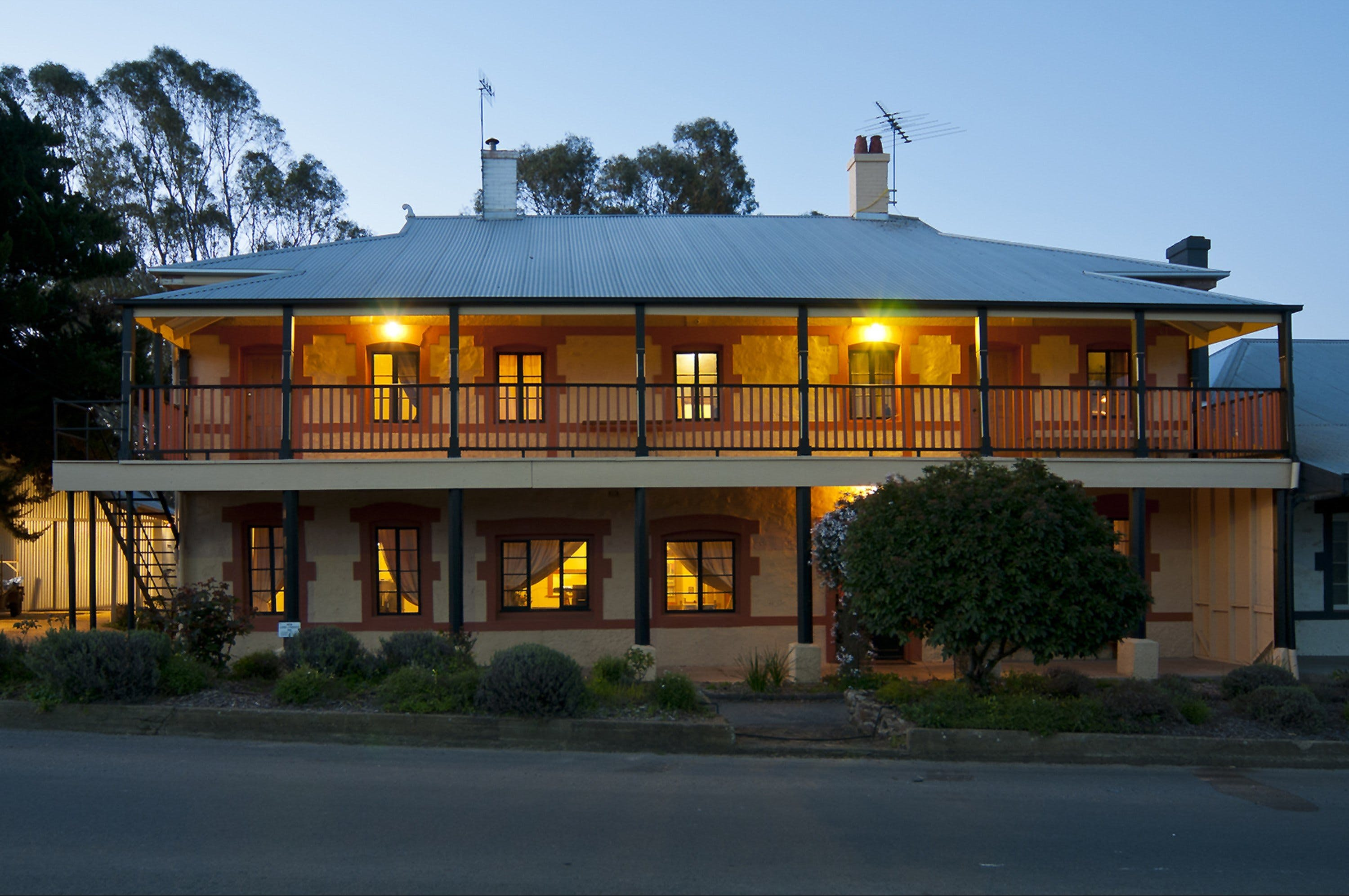 The Coffee Palace - Geraldton Accommodation