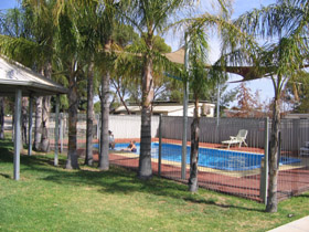 Merredin Caravan Park  Av-A-Rest Village - Geraldton Accommodation