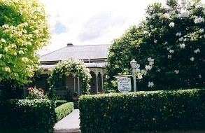 Bowral Cottage Inn - Geraldton Accommodation