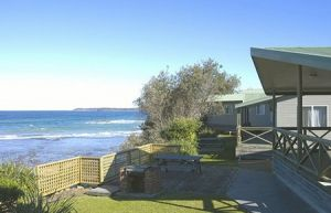 Berrara Beach Holiday Chalets - Geraldton Accommodation