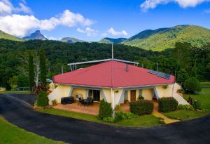 A View of Mount Warning Bed and Breakfast - Geraldton Accommodation