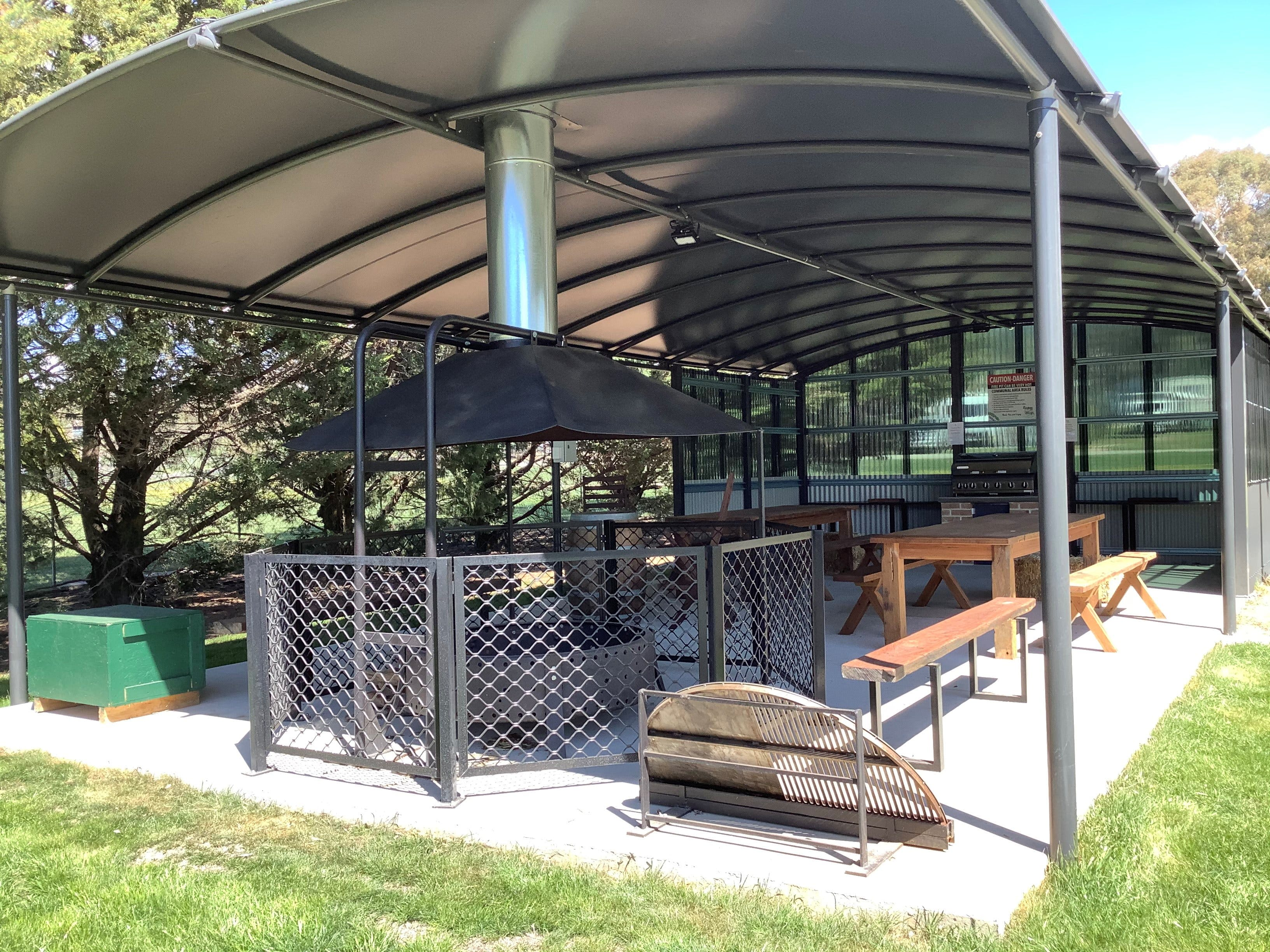 Blayney and Villages Tourist Park - Geraldton Accommodation