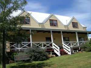 Celestine House - Geraldton Accommodation