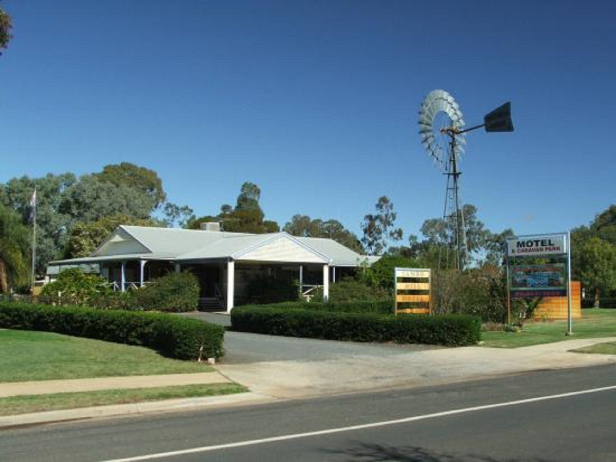 Tambo Mill Motel and Caravan Park - Geraldton Accommodation