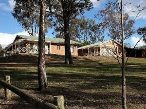 Mansfield Country Resort - Geraldton Accommodation