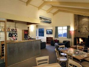 Cooroona Alpine Lodge - Geraldton Accommodation