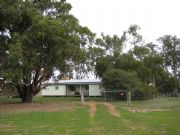 Barrahead Cottage - Geraldton Accommodation