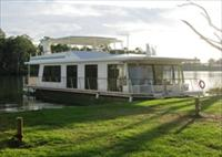 Cloud 9 Houseboats - Geraldton Accommodation