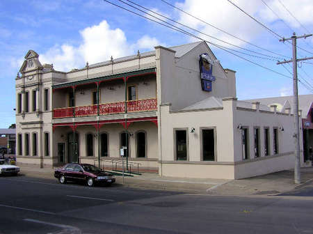 Mitchell River Tavern - Geraldton Accommodation