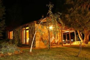 Wombat Hills Cottages - Geraldton Accommodation
