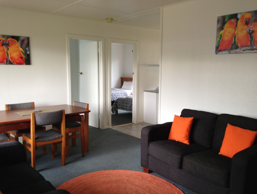 Phillip Island Cottages - Geraldton Accommodation