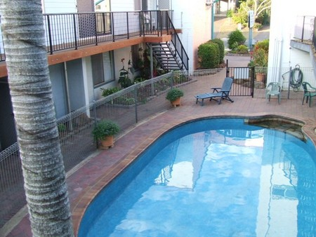 Bargara Beachfront Holiday Apartments - Geraldton Accommodation