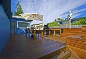 Blue River Shack - Geraldton Accommodation