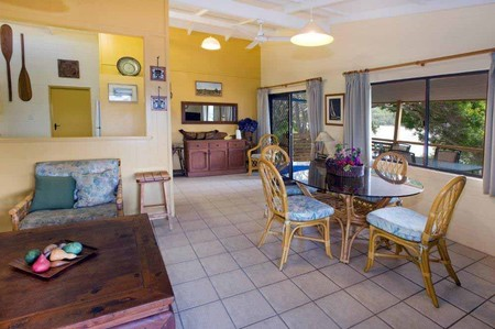 Wooli Serviced Apartments - Geraldton Accommodation