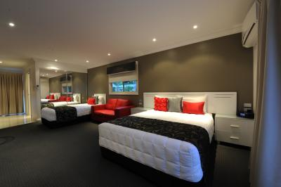 The Gateway Village Holiday Park - Geraldton Accommodation