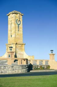 Fremantle War Memorial - Geraldton Accommodation