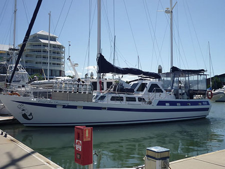 Coral Sea Dreaming Dive and Sail - Geraldton Accommodation