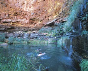 Dales Gorge and Circular Pool - Geraldton Accommodation