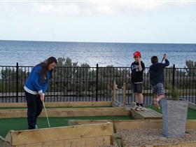 Port Vincent Putt Putt - Geraldton Accommodation