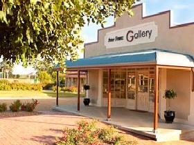 Peter Franz Fine Art Gallery - Geraldton Accommodation
