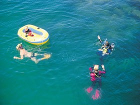 Port Noarlunga Beach and Jetty - Geraldton Accommodation