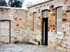 Police Lockup And Stables - Geraldton Accommodation