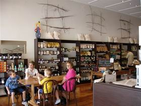 Blond Coffee and Store - Geraldton Accommodation