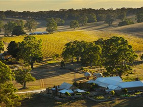 Hutton Vale and Farm Follies - Geraldton Accommodation