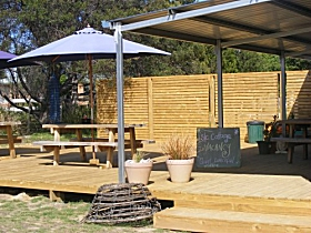 Freycinet Marine Farm - Geraldton Accommodation
