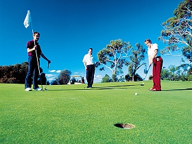 Huon Heights Public Golf Course - Geraldton Accommodation
