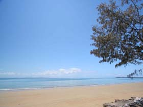 Blacks Beach - Geraldton Accommodation