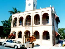 Mackay Town Hall - Geraldton Accommodation