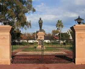 Dalby War Memorial and Gates - Geraldton Accommodation