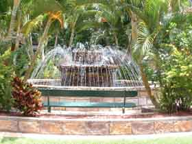 Bauer and Wiles Memorial Fountain - Geraldton Accommodation